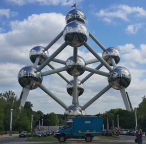 Cuthbert does Brussels - at the Atomium
